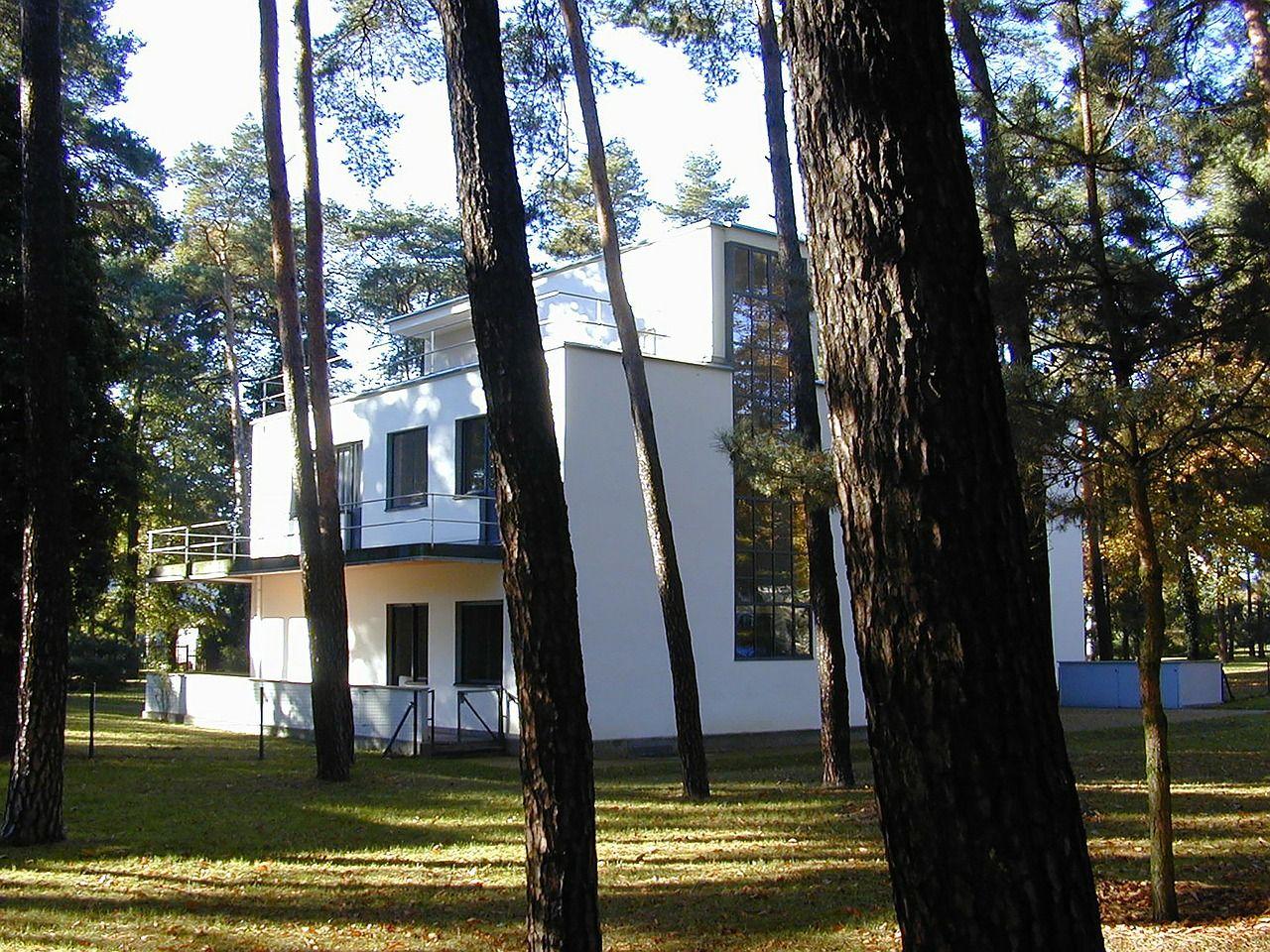 Moderne Häuser im Bauhausstil